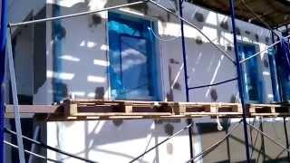 Армирование сеткой. Утепление фасада. Короед. Строительство под ключ. Штукатурка. Обнинск(Утепляем фасады пенополистиролом (пенопластом фасадным), армируем стены стекловолокнистой сеткой, наноси..., 2014-08-30T12:33:18.000Z)