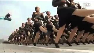 Военный парад в Северной Корее(Военный парад в Северной Корее. Жутко и величественно. North Korea army parade., 2012-07-22T13:39:43.000Z)