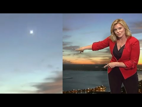 Incredible Fast Moving UFO Captured on Skywatch 7 Weather Report Channel (Time-Lapse) - FindingUFO