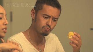 今井洋介が作る...華麗なるディナー !! 武智ミドリ 検索動画 15