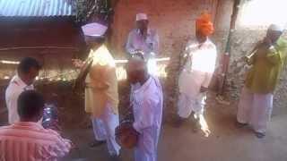 Download Hindi Video Songs - Sanai, Halgi Dholki in traditional marathi wedding part2 Ganesh Vandana