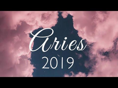 Aries 2019 Tarot Forecast | Dare To Dream!