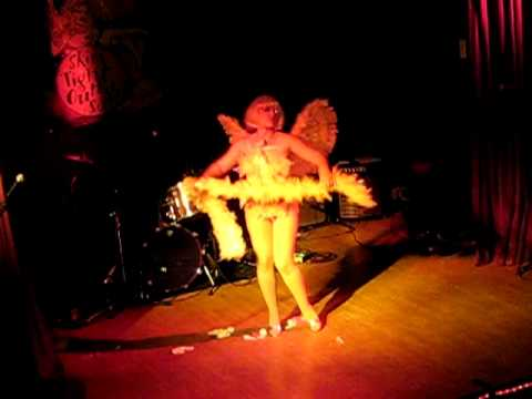 Honey B. Hind angel act