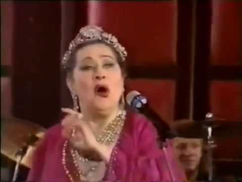 Yma Sumac  Recital à TV francesa  McDaniel  1989