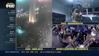 M.Biscay (director interino en la final) en el vestuario de River campeón de la Copa Libertadores