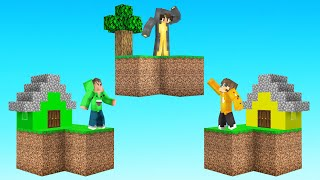I Joined My FRIENDS SKYBLOCK WORLD! (Minecraft)