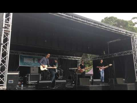 Nomad Band, Live at Three Kings Park, Auckland, New Zealand