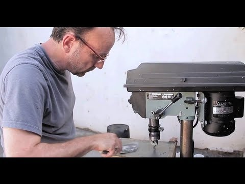 "David Yow Creates ""monolith"" Artwork"
