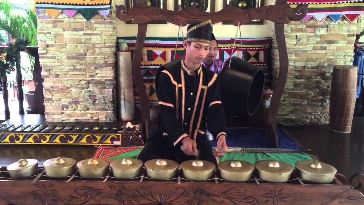 Kulintangan Music Of Sabah Borneo Youtube