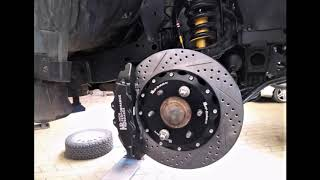 Mitsubishi L200: замена тормозной системы на передней оси