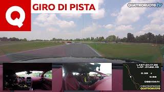 Giro di pista: l'Aston Martin DB11 V8 Coupé al Vairanoring