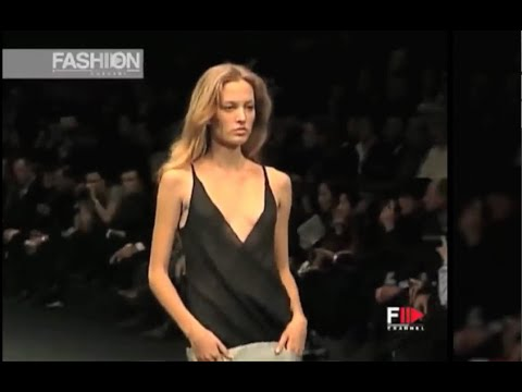 GIVENCHY Spring 1999 Paris - Fashion Channel
