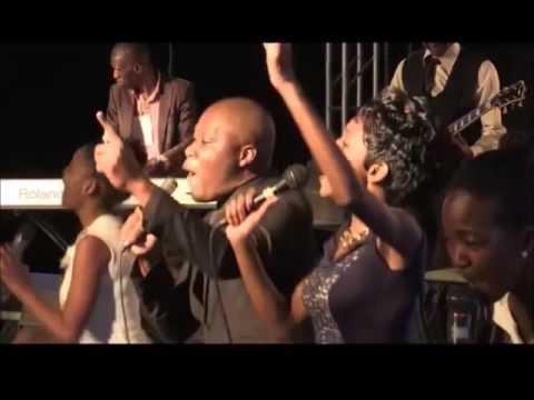 MKHULULI BHEBHE - NAMATA- HAKUNA ZVINOREMA LIVE