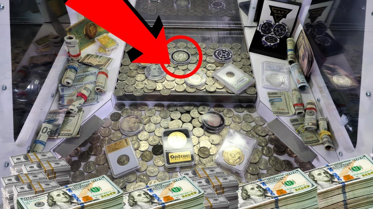 One Coin Worth Over $4,000 INSIDE High Risk Coin Pusher!