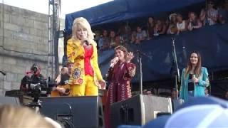 """Jolene"", Dolly Parton and the Highwomen, Newport Folk, 7/27/2019"