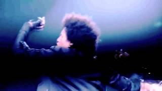 Les Twins • Heavy Water