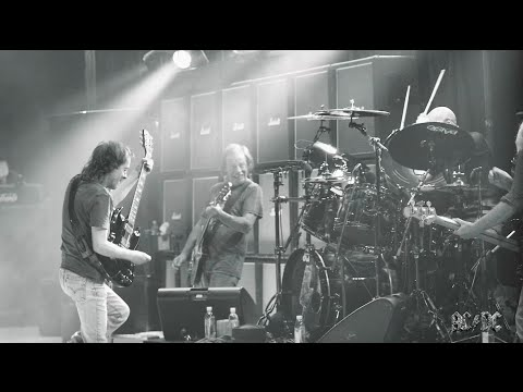 AC/DC In Rehearsals Ready For The #RockOrBust US Tour!