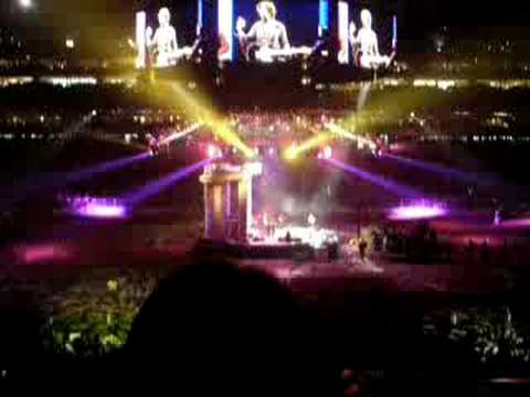 Brooks & Dunn - Play Something Country - Rodeo Houston 2008