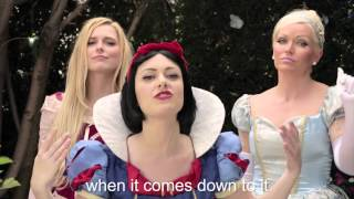 Sub ITA PRINCESS RAP BATTLE SNOW WHITE(Biancaneve) VS ELSA Whitney Avalon ft Katja Glieson thumbnail
