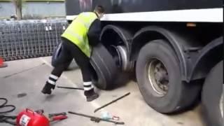 рекорд по перебортированию колес грузовика(бортировка.грузовик. колеса., 2015-03-30T09:28:01.000Z)