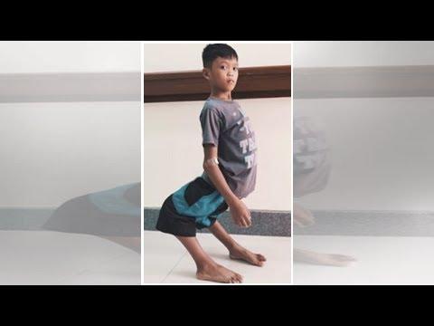 Flamingo Boy Hates His Life Until Nfls Tim Tebow Sees His Photo