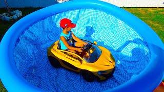 Егорка и веселый день в басейне
