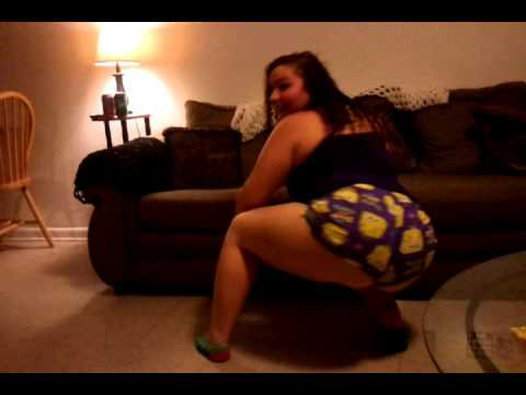 GIRL PLAYING WITH POTTERY PENIS - Funny Video Clip Fail MUST SEE !@!Kaynak: YouTube · Süre: 1 dakika15 saniye