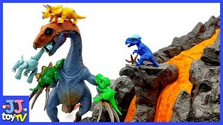 Let'S Defeat The Giant Dinosaur. Tiny Dinosaur & Dinosaurs Toy For Kids