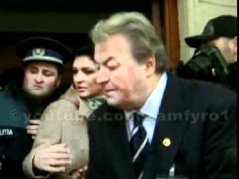 Vadim Tudor - Scandal la a doua incercare de evacuare