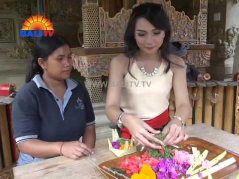 Bali Channel Tourist TV : De Klumpu Bali A Home Among The Rice Field