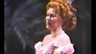 La Rondine Chi il bel sogno di Doretta Knighton