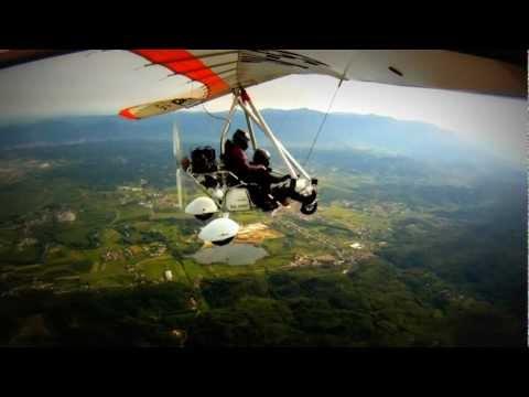 Nice day for flying! [HD] ( motorni zmaj / trike )