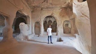 Las personas aquí viven en cuevas | CAPADOCIA - TURQUÍA