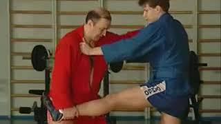 Уроки самбо Гончаров 22   Переход на рычаг локтя из стойки с отпрыгиванием