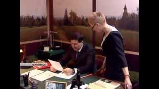 Глава региона посетил выставку приуроченную к 80-летию региона