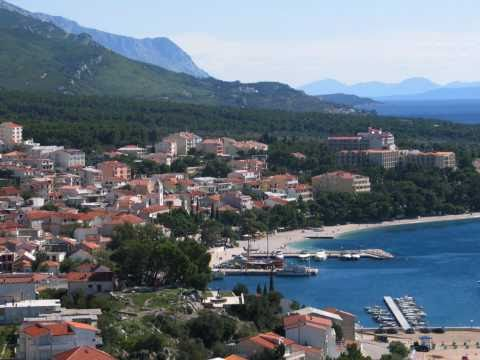 BAŠKA VODA - Private Accommodation ''INES''