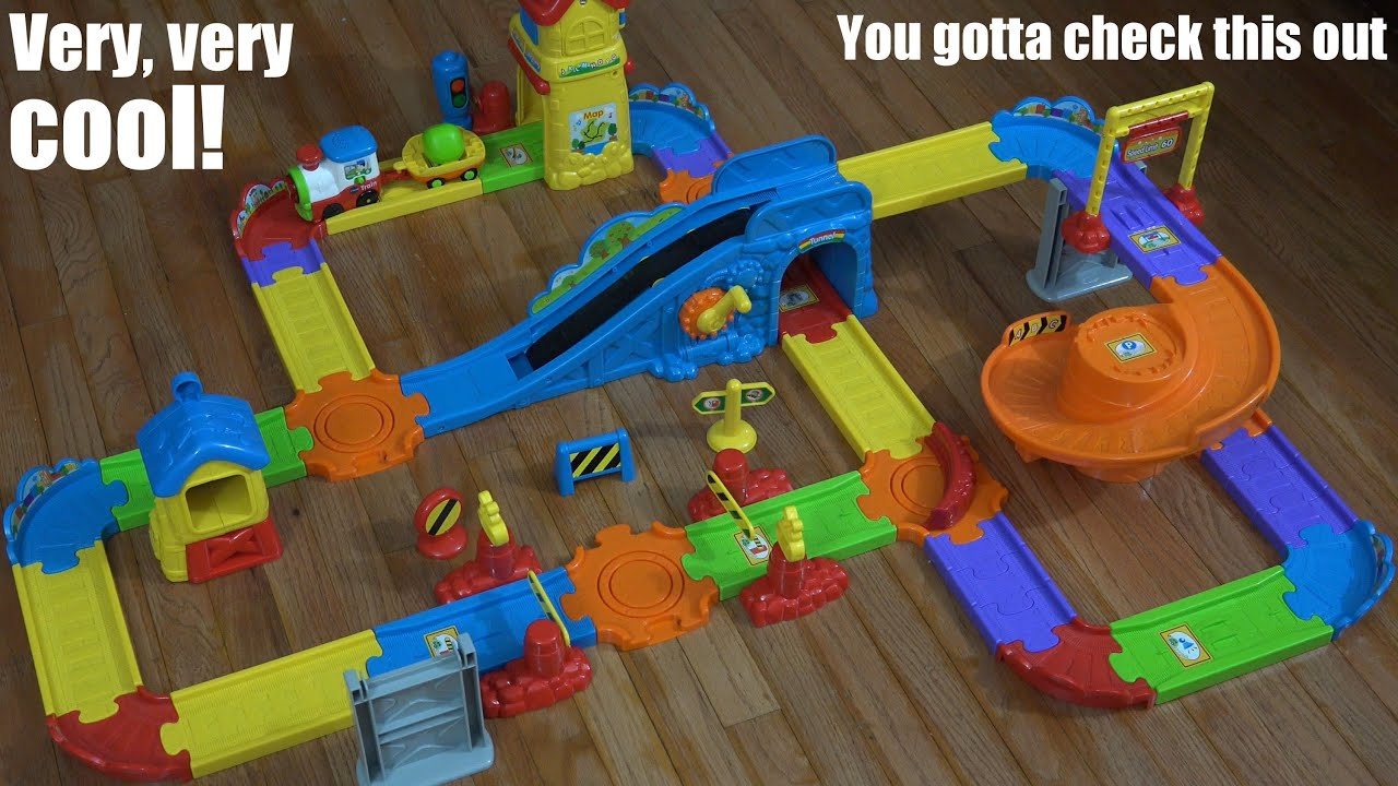 Go Go Smart Wheels Train Station Playset by VTECH Unboxing