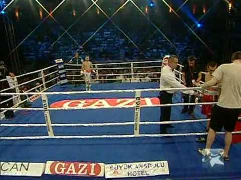 Boxing - Atagun Yalcinkaya vs Vladislav Sagalarov