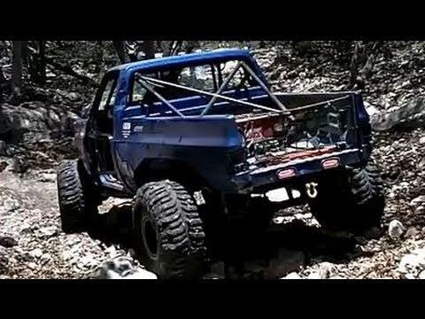 Rico's 4X4 CHEVY K30 Truck ROCK CRAWLING on BROKEN YOKE ...