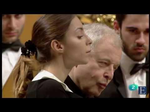 Anastasia Vorotnaya, András Schiff - F. Schubert - Marche Militaire