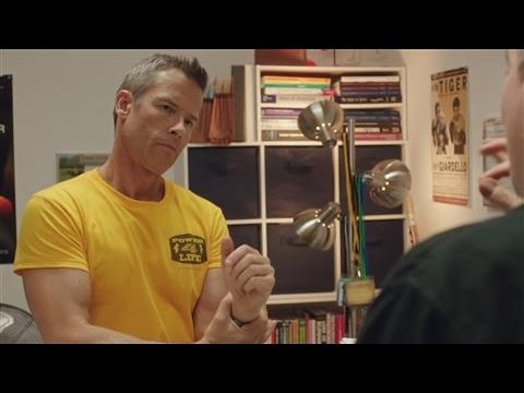Actor Guy Pearce Talks On-Screen Chemistry