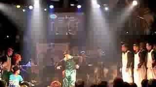 LOCK CREW BATTLE     SHUFFLE!! vs QUEENS Kick Splits + ARI