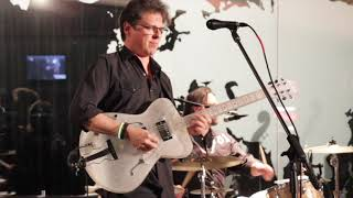 """Dusty 45""""s performs at Tacoma Glass Museum"""