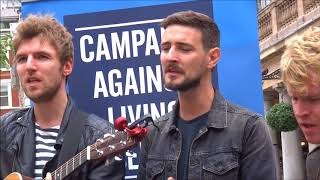 Kodaline playing for theCALMZone.net in Covent Garden, London 22/08/17