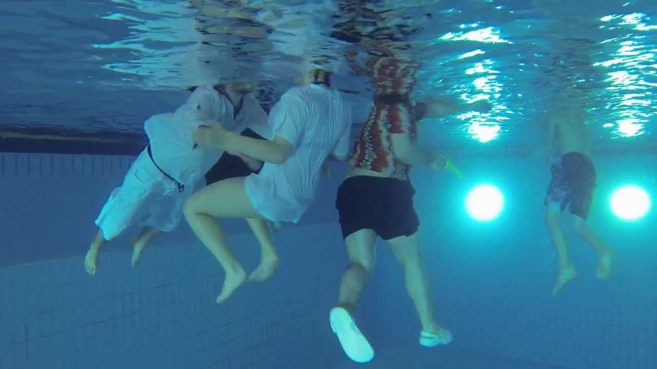 Klamottenschwimmen