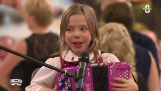 Madlyn 9 ans  - Enfant accordéon  - The BABY ROCK