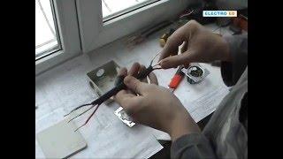 Подключение розетки и выключателя(В данном видео я рассказываю о том, как соединить в коробке розетку, которая будет отключаться одноклавишны..., 2013-01-31T22:49:51.000Z)