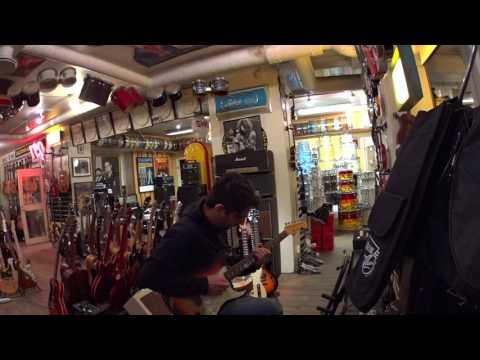 Testing an original 1964 Fender Stratocaster