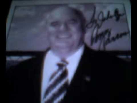 A quick shot of Benny's Autograph!