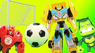 World Cup 2018 Transformers Surprise - Bumblebee Scores a Goal!!!
